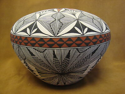 Native American Acoma Fine Line Seed Pot Hand Painted by Corrine Chino! fine Lin