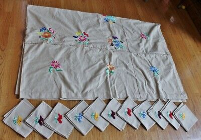"""Vintage Large Tablecloth 114""""- Tan - Flowers Hand Embroidered +11 napkins -EUC"""