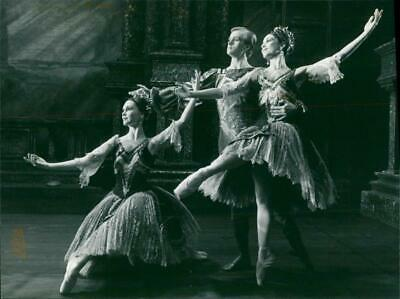 Roland Price with Susan Lucas and Nicola Katrak in the pas detrois from act one