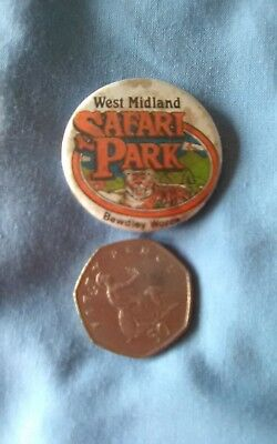 WEST MIDLANDS SAFARI PARK, BEWDLEY WORCS.. pin Badge. Vintage.
