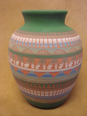 Native American Indian Hand Etched Pot by Mirelle Gilmore! Pottery Vase PT0038