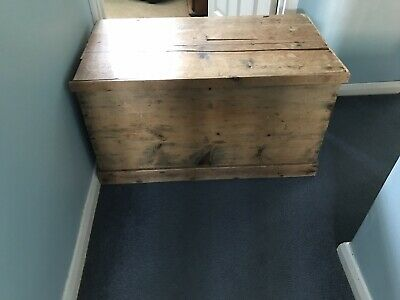 antique,pine,box,chest,coffer,blanket chest,storage,toy,trunk