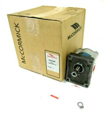 NEW SAUER DANFOSS K307945 (27131) HYDRAULIC PUMP McCORMICK