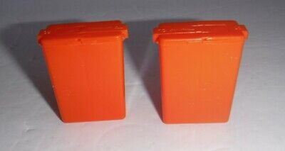 New Lot of 2 Tupperware Small Mini Pocket Salt & Pepper Shakers Orange Lunchbox