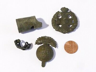 4 x Military Badges and a Whistle A/F Metal Detector Find Ex Martins Lot #CM171