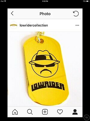 keychain lot PERFECT 4 RETAILERS IN THE USA OFFICIAL LOWRIDER MAGAZINE / 35 pcs