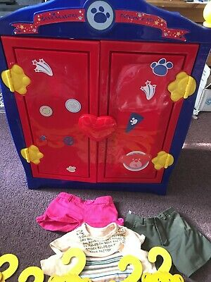 Build A Bear Wardrobe.  WIth Hangers And Clothes.  Free Postage!