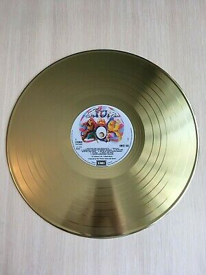 Vinyl record Queen - A Night At The Opera Gold Exclusive plate