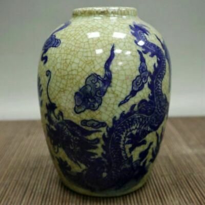 Chinese old porcelain Crack glaze blue and white dragon tank storage tank