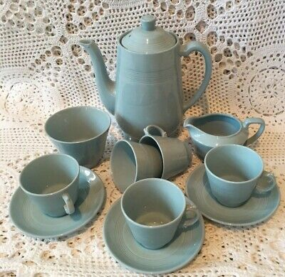VINTAGE/RETRO WOODS WARE 'IRIS' Small CUPS AND SAUCERS 3x Coffee Pot Sugar Milk