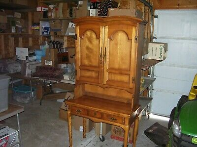 Vintage CUSHMAN COLONIAL Rock Maple Desk w/ Detachable Bookcase/Hutch