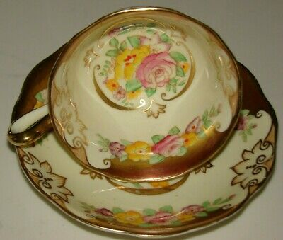 Royal Albert English China Extreme Gold W/Flowers Avon Shape Teacup & Saucer