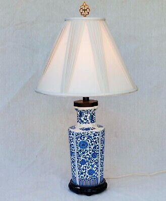 Chinese Ginger Jar Hand Painted Ceramic Blue White Table Lamp