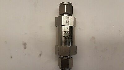 """Parker 8Z(A)-C8L-1/3-SS, Stainless Steel 3/8"""" Compression Check Valve, 1/3 PSI"""