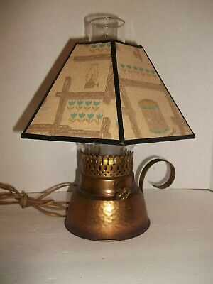 Vintage Early American Wrought Copper MCM Table Lamp Colonial Shade Works 1950s