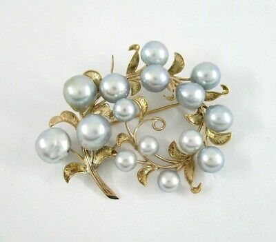 1950's-1960's Akoya Gray Pearls 14K Yellow Gold Curved Vine Leaf Pin Brooch