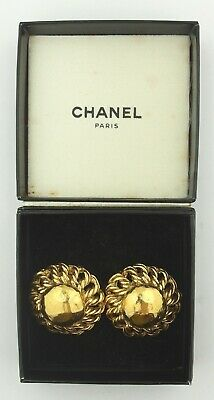 VINTAGE CHANEL CC Logo Inside Clip-on Earrings Gold Made in France Original Box