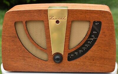 ZENITH 6D030 Tube Radio Charles & Ray Eames Designed Body - Restored - Works