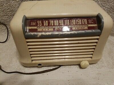 RARE Vintage Firestone Air Chief Model 4-A-26 Table Top Radio UNTESTED