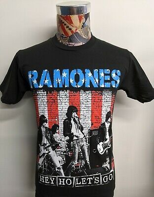 NEW NWT Mens GAP Graphic Tee T-Shirt THE RAMONES Hey Ho Let/'s Go PUNK ROCK *1T