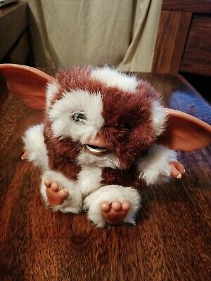 """Neca Gremlins Mogwai Scared Face Gizmo 6""""  Plush With Plastic Hands,Feet,Ears"""