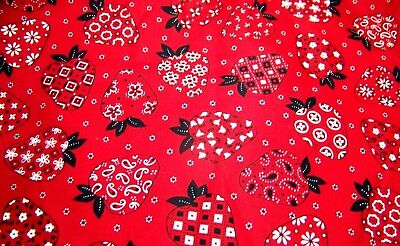 "Vintage Quilting Cotton STRAWBERRIES BANDANA STYLE Red Black White 44"" X 18""  S3"