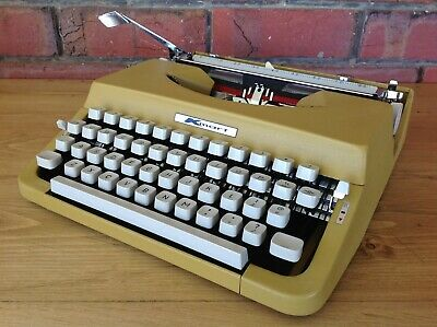 Vintage Kmart Portable Yellow Typewriter In Case Made In Japan, Collectable