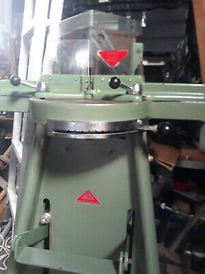 Morso guillotine picture framing machine for use with underpinner mountcutter