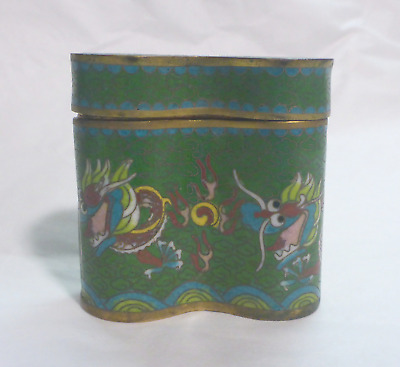 Antique Green W/ Red DRAGON design CLOISONNE 'double' Snuff/pill box in VGUC