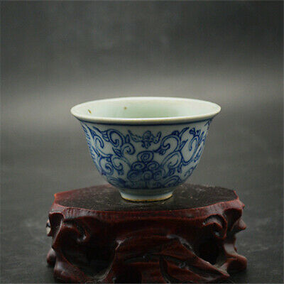 Chinese ancient antique hand make Blue and white tea cup 34