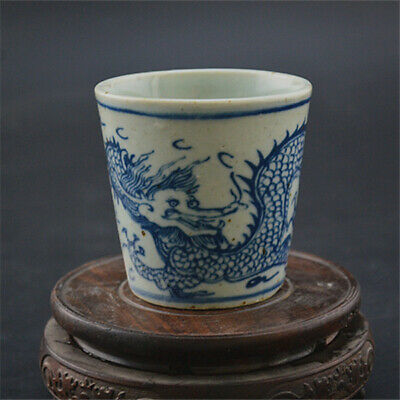 Chinese ancient antique hand makeBlue and white Dragon pattern teacup 34