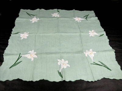 Vintage Tablecloth & 4 Napkins with Lilies Fantastic Handmade Work