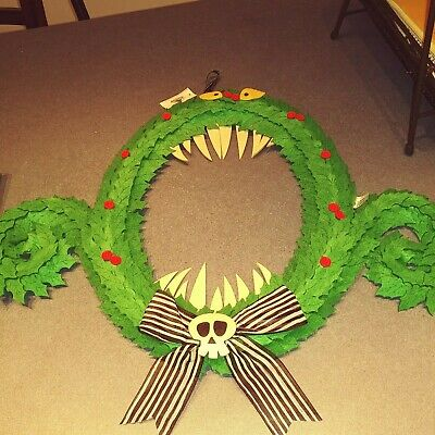 NEW The Nightmare Before Christmas Wreath Monster Disney Theme Parks NWT