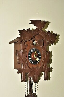 Small  Black Forest Cuckoo Clock  Complete And Running Please Read