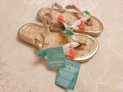 Monsoon Girls Flip Flop Sandals. Beautiful Summer Shoes. Gold Size 7-8. NEW