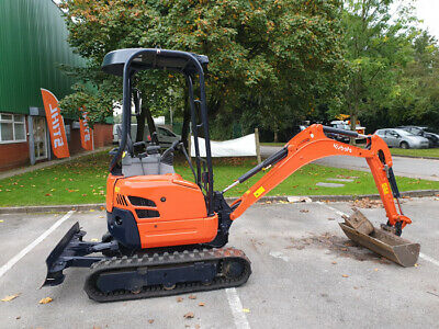 Kubota U17-3α Digger with 2 Buckets - Excavator / Construction Digger