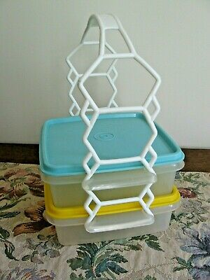 VTG 2 Tupperware Square A Way Containers Lunch Sandwich Goody Box Seals & Handle