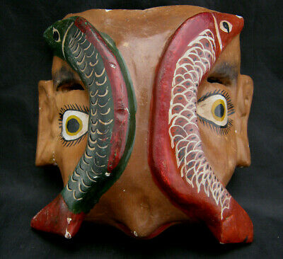"""Unique Ethnic Tribal Indiginous Mask FISH ON FACE Odd Look Red Green Wood 8"""""""