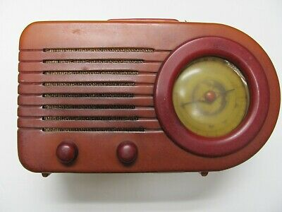 FADA Model 115 Bullet Radio Butterscotch & Red 1940