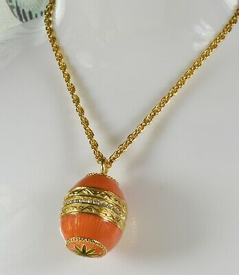 Beautiful Joan Rivers Enamelled Fabergé Style Egg Pendant and Chain Very Pretty