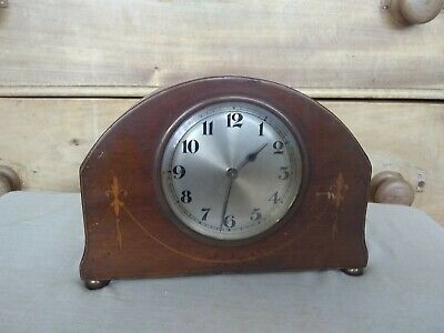 Vintage  small Wooden Mantle Clock 195x140x65mm deep