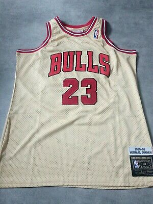 Maillot Jordan gold taille XXL 1995-96 NBA Mitchell And Ness