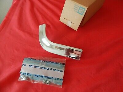 NOS 1963 Chevrolet LH Front Upper Eyebrow Molding Kit (#2) GM #3827131