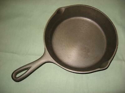 """Lodge No.5 Cast Iron 8"""" Skillet Cleaned Seasoned 3 Notch Heat Ring Ready to Use"""
