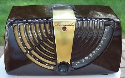 Great Looking ZENITH 6D015 Tube Radio (1946) Plays  Electronically Serviced