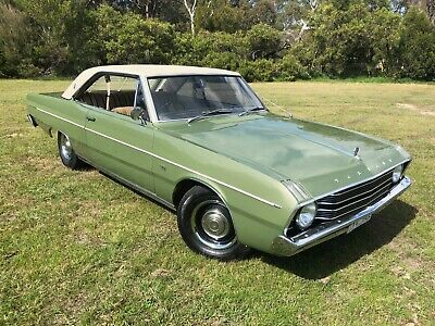 VF Valiant 1969 Hardtop by Chrysler