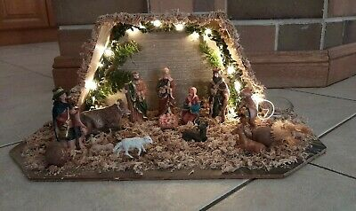 Hand Crafted Nativity Set   Christmas
