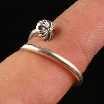 China Solid Silver Hand-Carved Small Cross Flower Ring High-End Collec Old