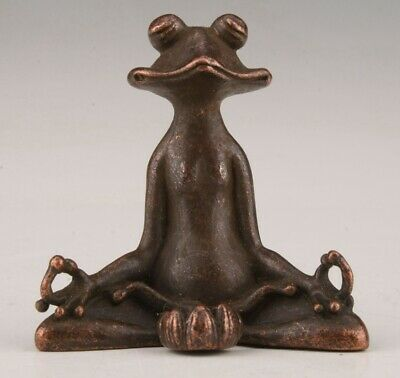 China Old Bronze Hand-Cast Buddhist Frog Figurine Statue Gift Collection