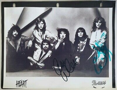 Heart Ann/Nancy Wilson SIGNED/AUTOGRAPHED 8×10 PHOTO